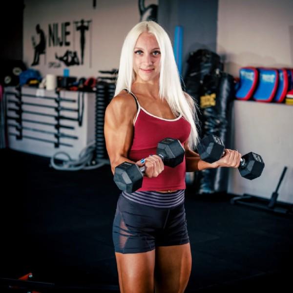 matilda sudac natjecateljica karlovačkog sportskog centra blue gym